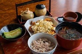 インバウンド人気体験・ツアー30位「Initia Japanese Cooking Class」の人気の理由・インバウンド対策とは