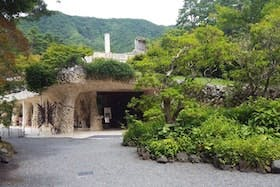インバウンド人気観光スポットランキング17位「久保田一竹美術館」の人気の理由・インバウンド対策とは