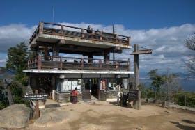 インバウンド人気観光スポットランキング30位「弥山」の人気の理由・インバウンド対策とは