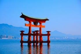 インバウンド人気観光スポットランキング18位「宮島」の人気の理由・インバウンド対策とは