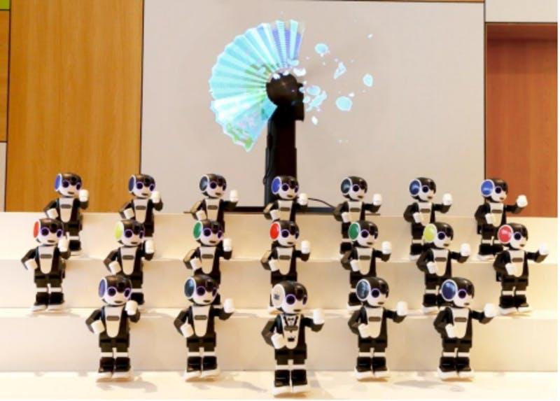 コミュニケーションロボット「RoBoHoN」