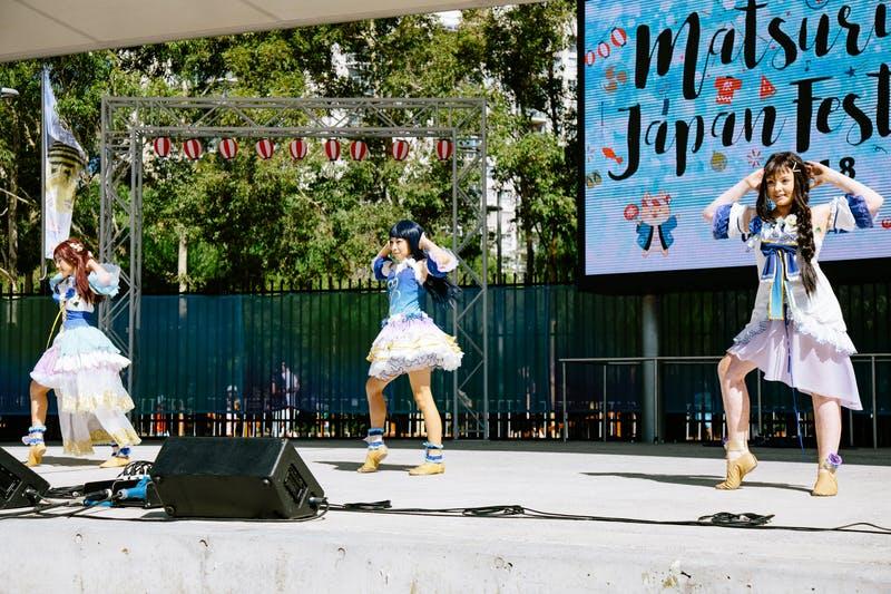 ▲Matsuri-Japan Festival:コスプレーヤーたちがパフォーマンスするメインステージでのワンシーン