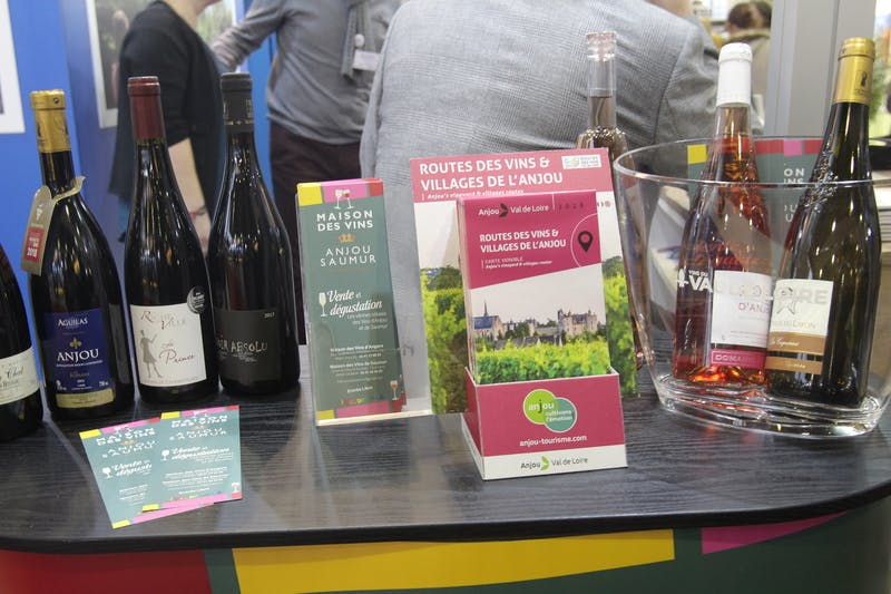 ▲「Salon des Vacances」:ワインをきっかけに地方都市PRをするフランスのブース