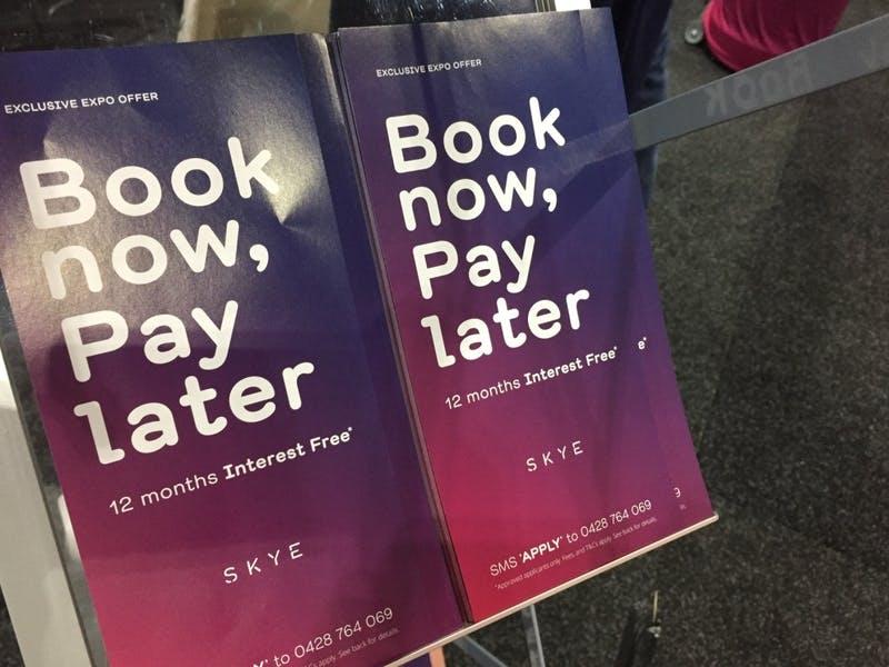 ▲World Travel Expo 2019の様子:「SKYE」のパンフレット
