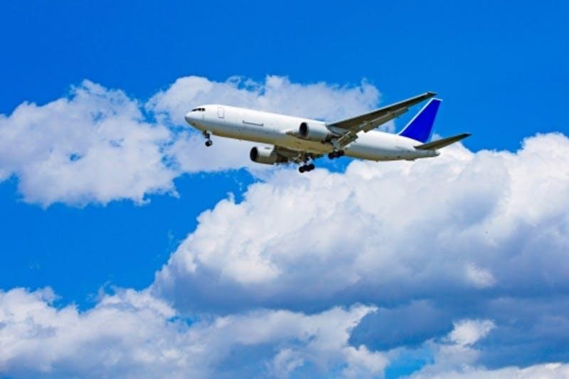 国際航空定期便の2019年6月利用実績
