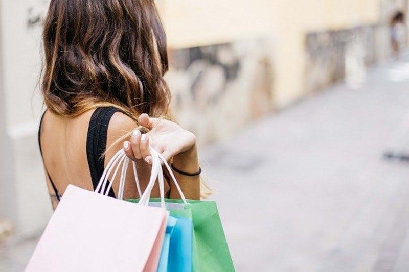 訪日外国人消費動向調査2019年