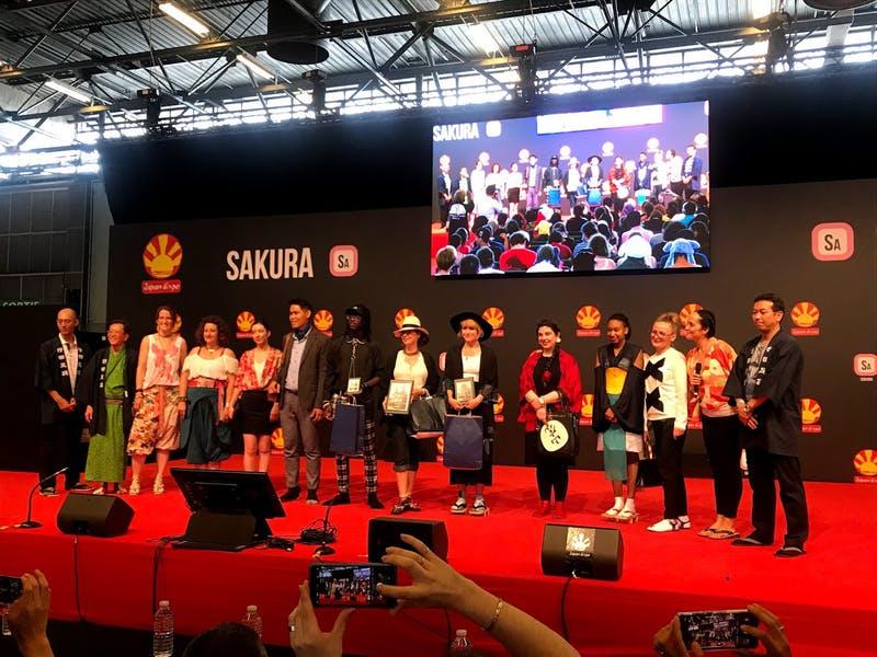 行田市 「足袋コレクション」 伝統産業である足袋をステージ上でPR