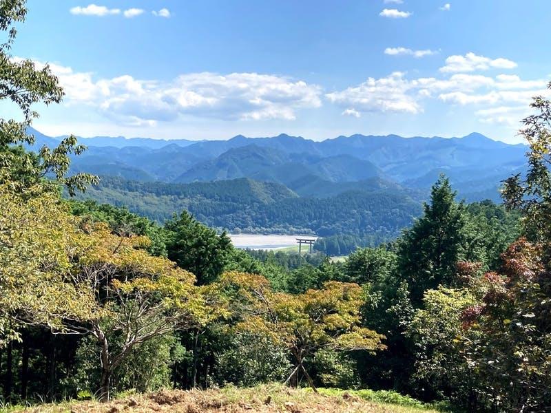 熊野本宮大社の旧社地:大斎原(おおゆのはら)を見渡せる見晴らし台