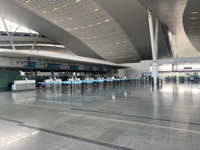 空港はガラガラ
