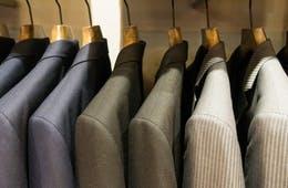 約5割が言葉の壁が購入を阻むと感じてる?外国人に聞いた日本のビジネススーツ調査