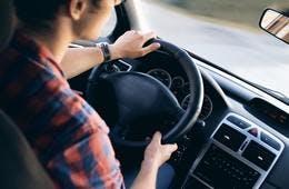 道路標識も分からないけど…訪日外国人のレンタカー利用率、最多61%は沖縄:旅行サイトTabirai Japanは事故防止に向けて取り組み