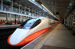 観光大国フランスの鉄道で日本語放送がある理由:国内交通機関の多言語対応がインバウンド集客を加速する