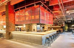 【アンケート調査】外国人が好む食材・味付けは?大阪・新今宮のYOLO BASE内レストランメニュー開発に活用